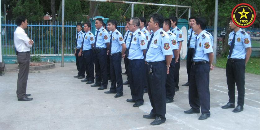 Bảo vệ có trọng trách lớn trong việc giúp giữ gìn trật tự an ninh